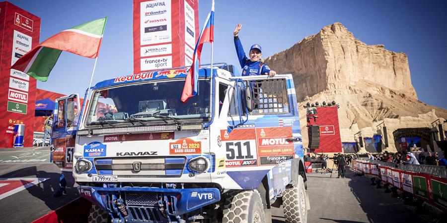 Семен Якубов: «КАМАЗ-мастер» победил на «Дакаре-2020» благодаря опыту, но обстановка была напряженная»