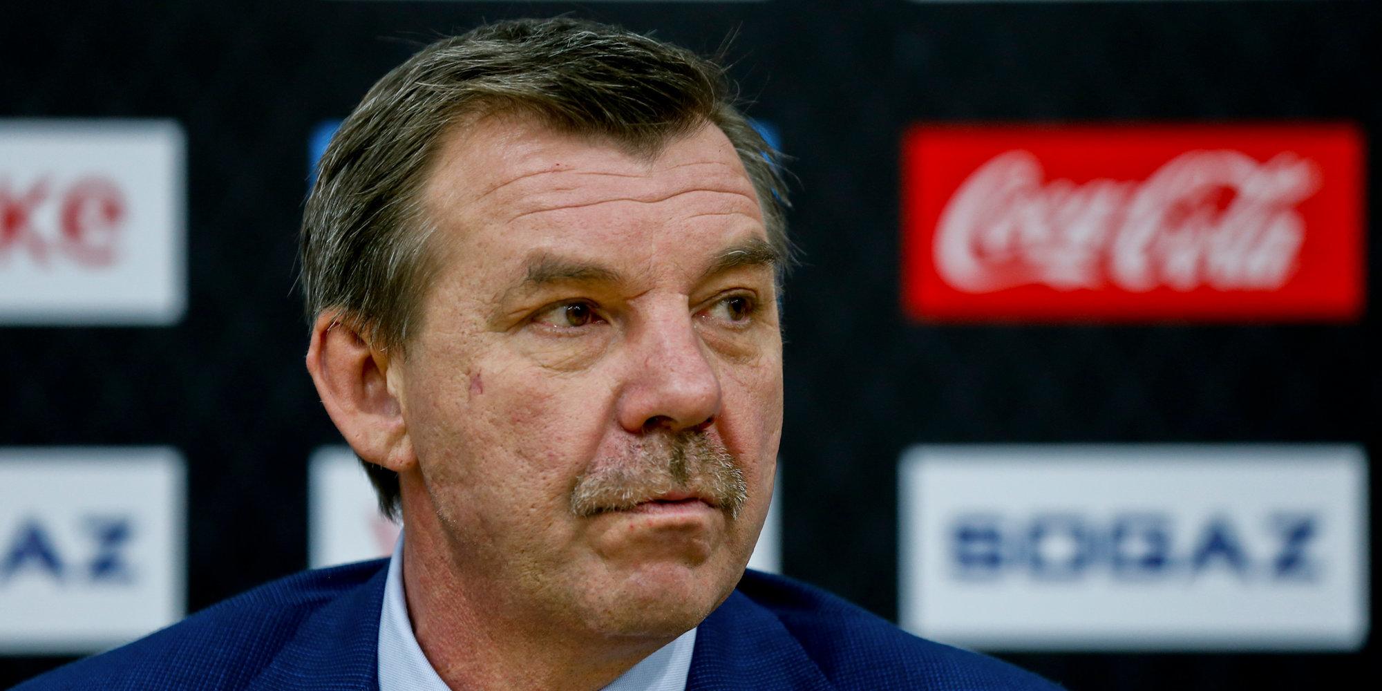 Олег Знарок: «Мы же не в СКА, где три пропустишь, а шесть забьешь»