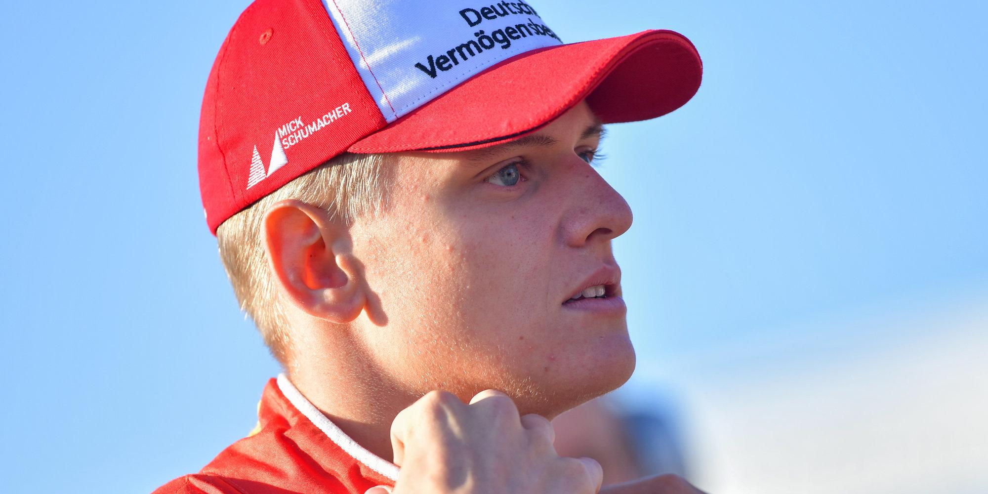 Босс «Феррари» ждет сына Шумахера в «Формуле-1» в следующем году