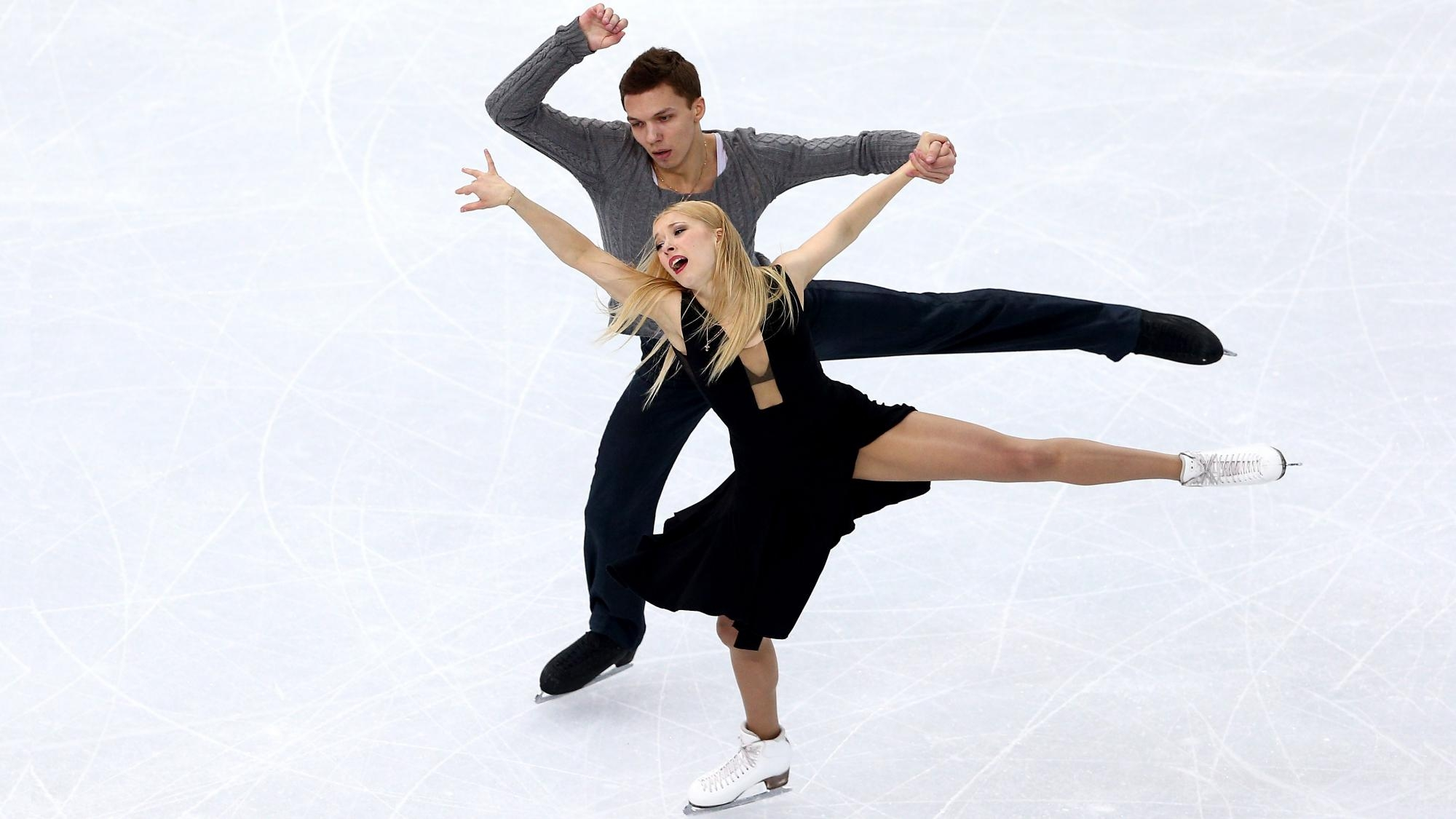 Танцевальная пара Боброва иСоловьев стала 3-й наЧЕ пофигурному катанию