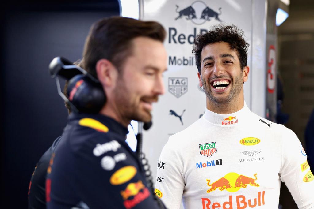 Стартовал Гран-при Венгрии: пока лучшее время уРиккьярдо