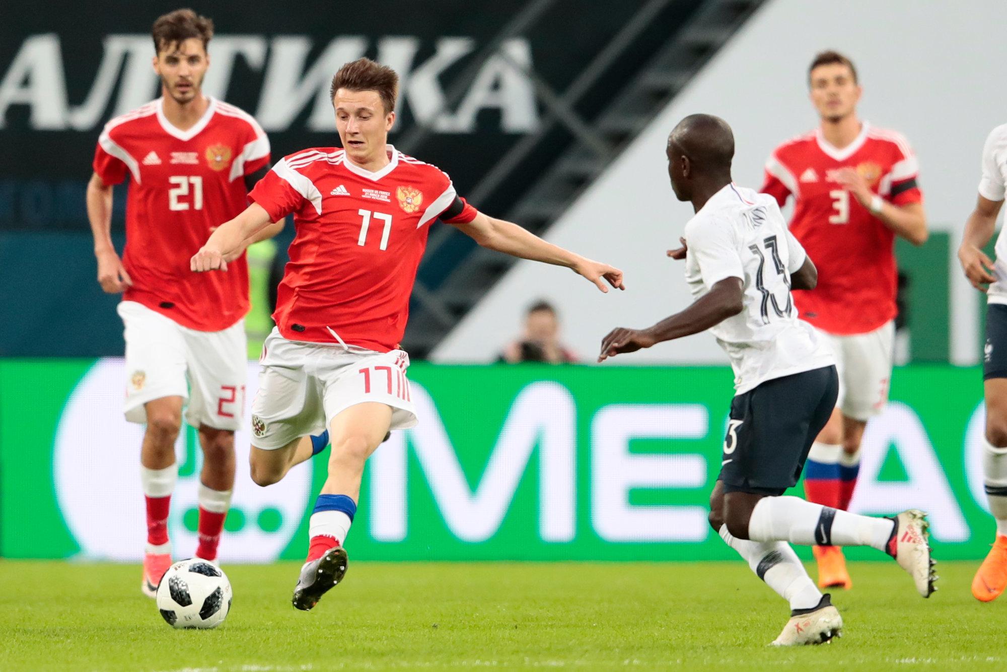 Картинки по запросу фото футбол сборная России в атаке