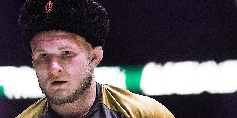 Фролов нокаутировал Карлоса да Сильву в главном бою турнира ACA 119
