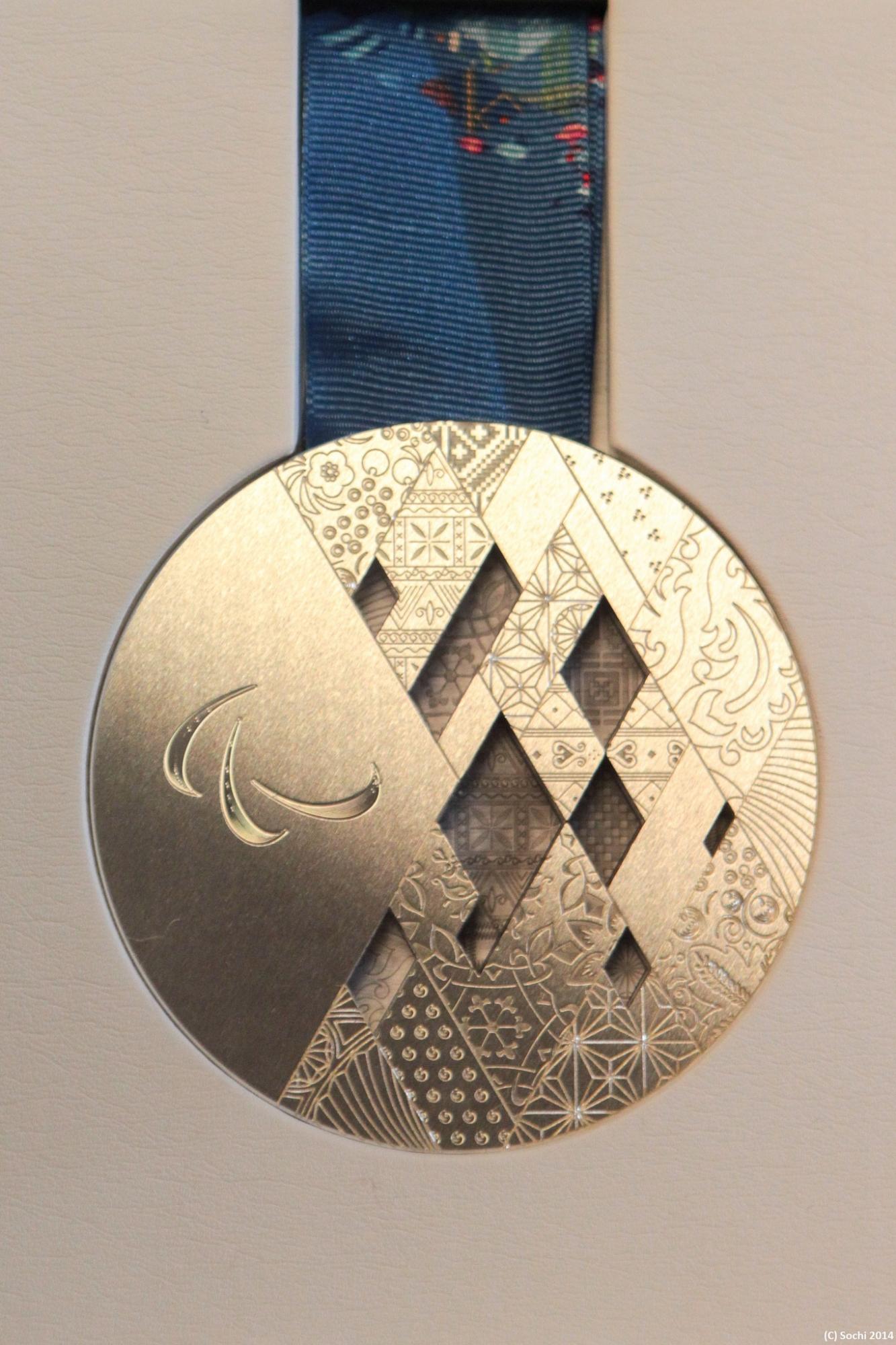 фото олимпийских медалей сочи