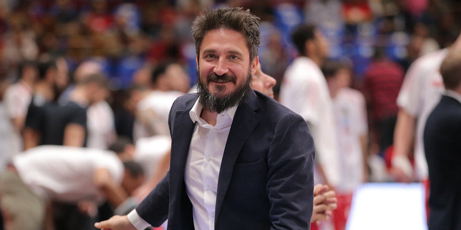 «Я клоун номер один». Безумная жизнь самого яркого итальянца в истории нашего баскетбола