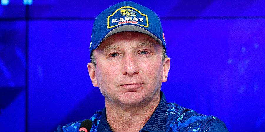 Владимир Чагин: «В этом году, когда снова начинаются нападки на российский спорт, было важно, чтобы на «Дакаре» звучал наш гимн»