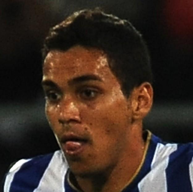 Карлос Эдуардо
